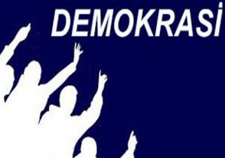 BİZ DEMOKRASİYİ NE KADAR İSTİYORUZ?